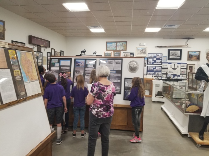 Students Tour the Museum