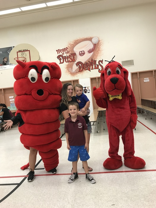 Photo Ops with Clifford and Dusty!