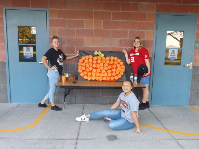 River Valley Girl's Soccer Helping Out