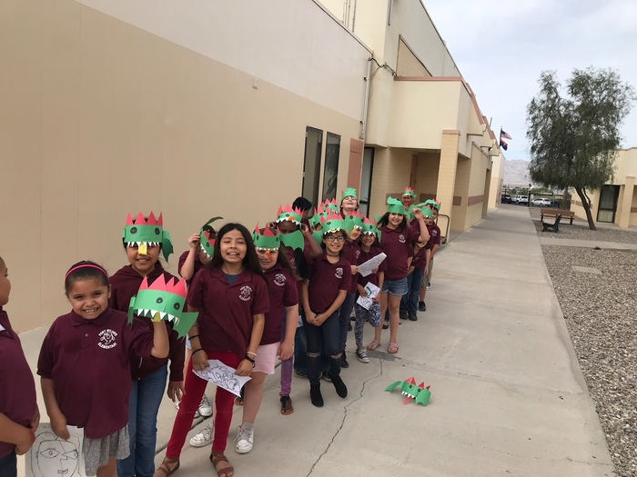 Large_2ndgradedragonhats